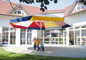 web MAY-Kindergartenschirm